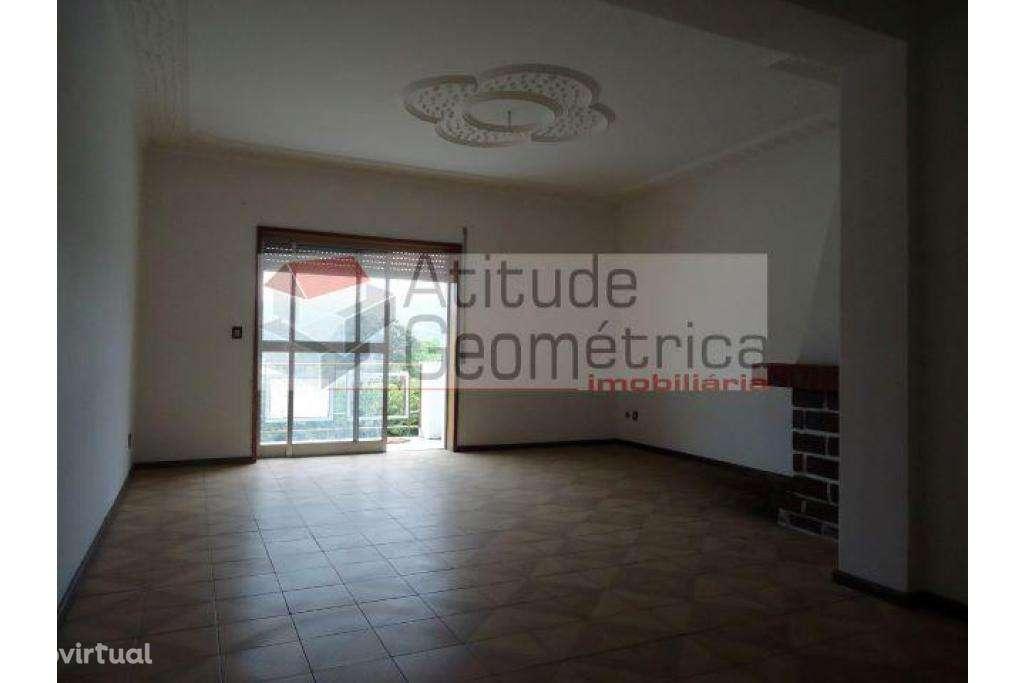 Apartamento para comprar, Nossa Senhora do Amparo, Póvoa de Lanhoso, Braga - Foto 11
