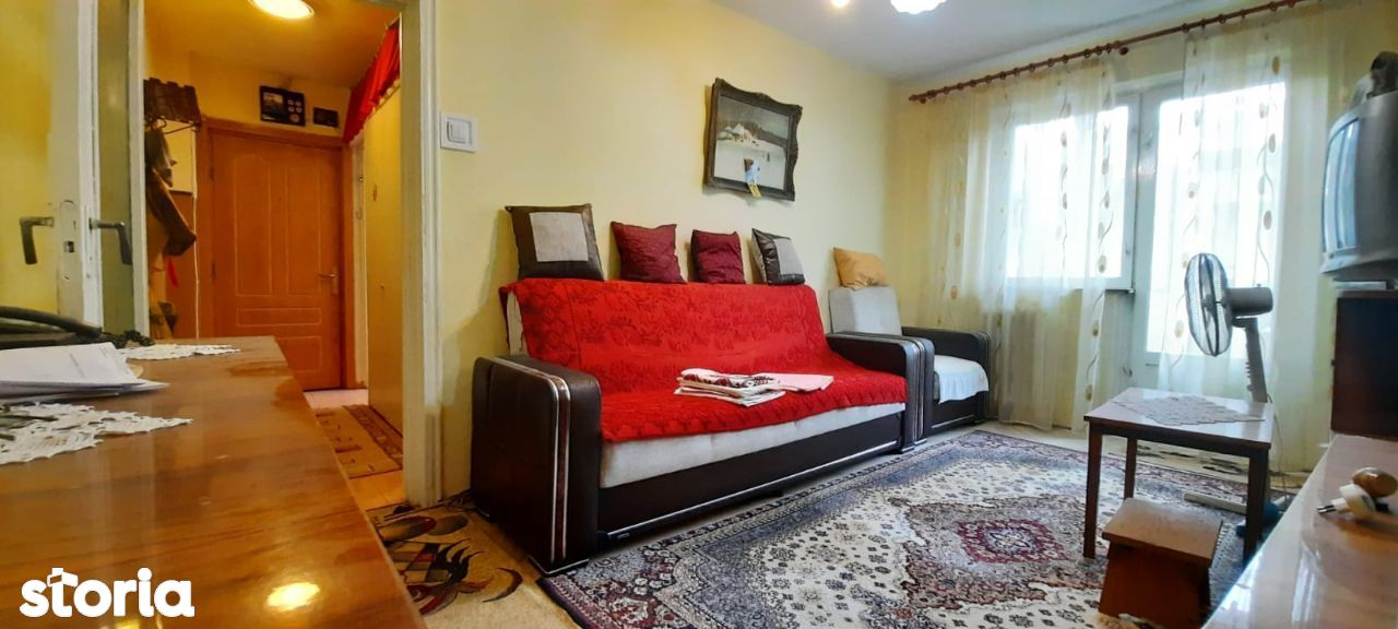 Km 4-5 apartament 3 camere confort 2 etaj 2, gaze la usa pret 57.500 E