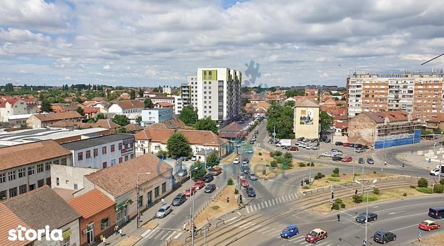 Apartament cu 2 camere de vanzare, Piata Cetatii, Oradea, Bihor V2612