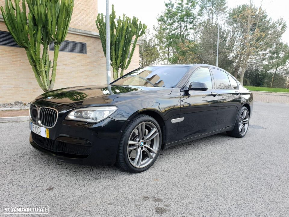 BMW 750 d xdrive PACK M - 3