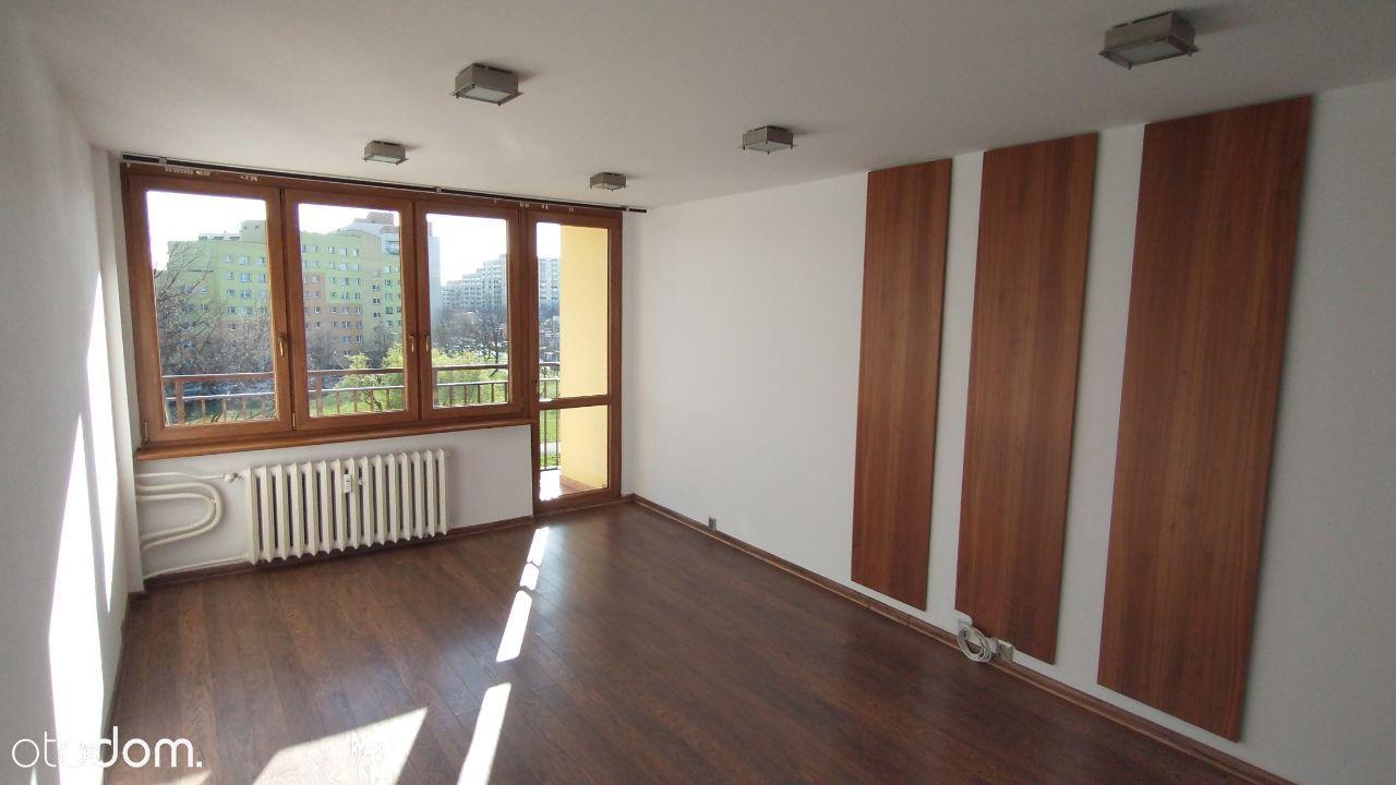 Przestronne Mieszkanie w Dąbrowie Górniczej