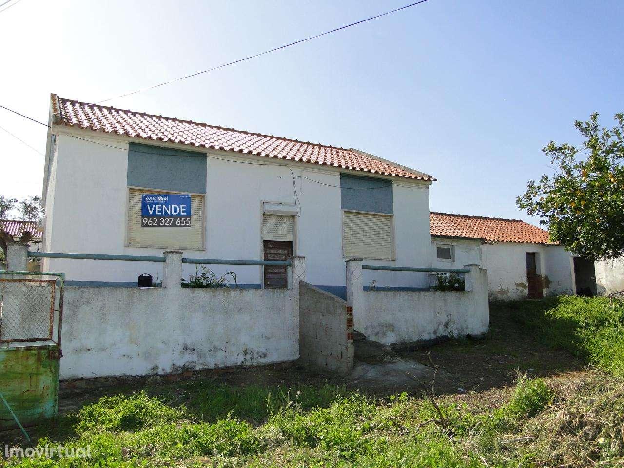 Moradia para comprar, Alenquer (Santo Estêvão e Triana), Lisboa - Foto 1