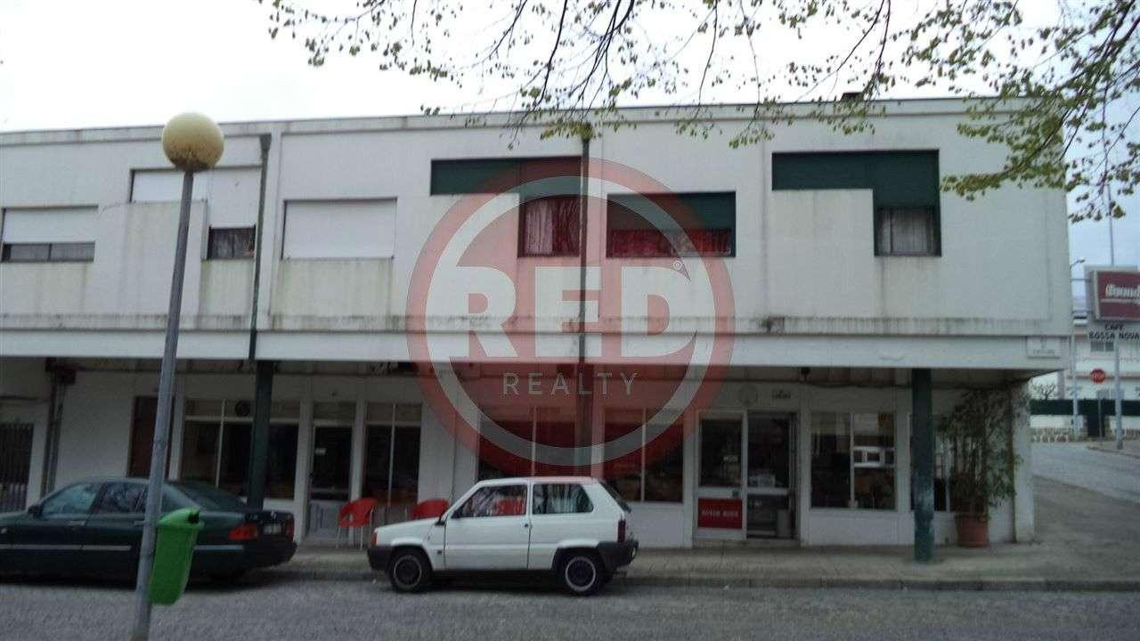 Prédio para comprar, Mafamude e Vilar do Paraíso, Vila Nova de Gaia, Porto - Foto 5