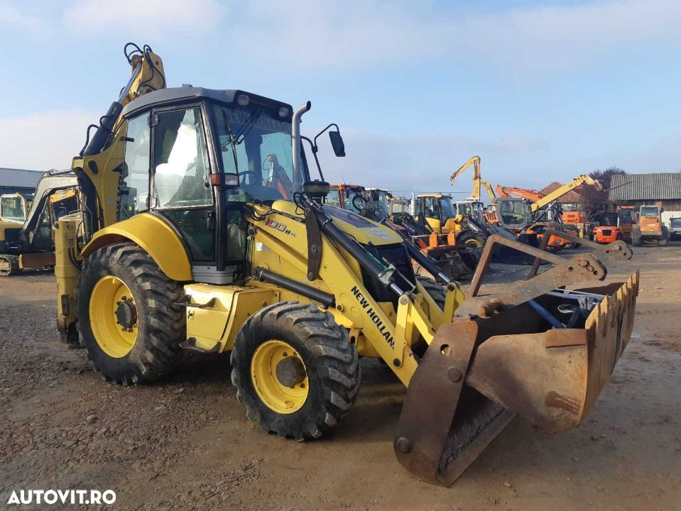 New Holland B100B - 1