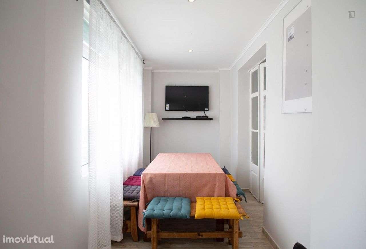 Quarto para arrendar, Arroios, Lisboa - Foto 4