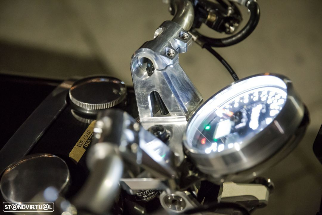Brough Superior SS100 - 12