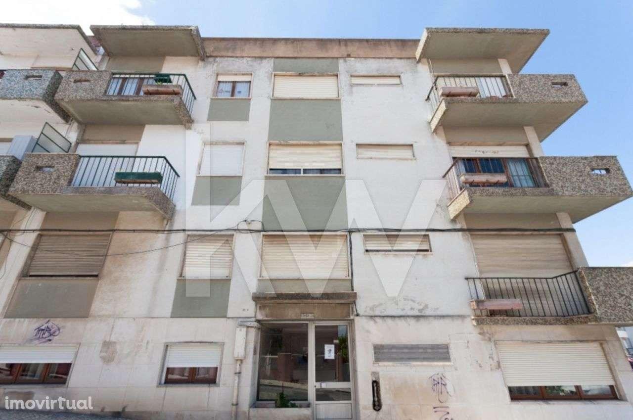 Prédio para comprar, Santa Iria de Azoia, São João da Talha e Bobadela, Loures, Lisboa - Foto 1