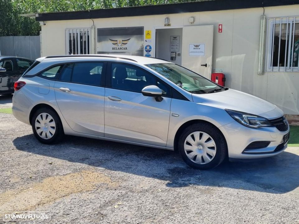 Opel Astra Sports Tourer 1.6 CDTi Selection S/S - 4