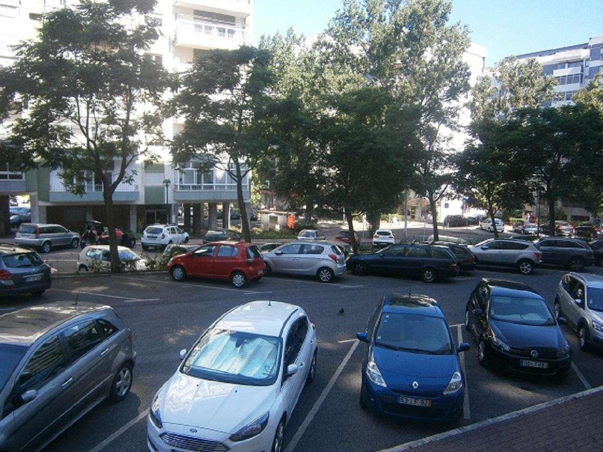 Apartamento para arrendar, Carnaxide e Queijas, Lisboa - Foto 13