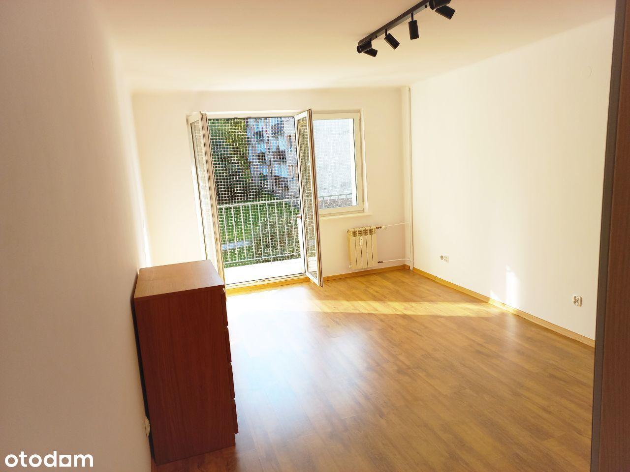 1 piętro, 45m2, 2 pokoje, balkon, Małkowskich