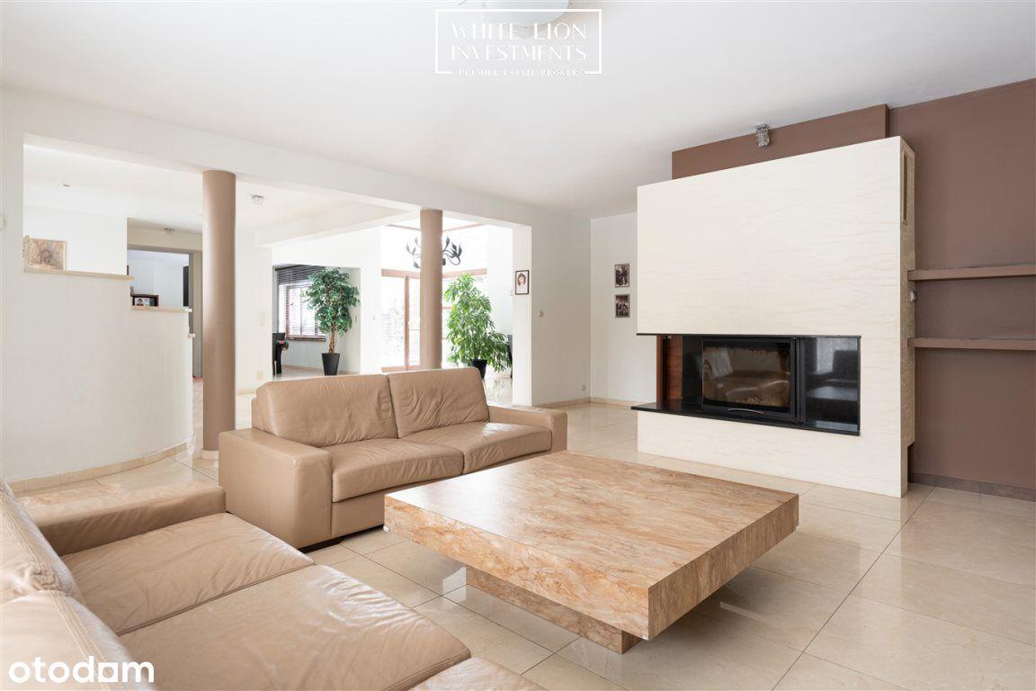 Komfortowy i nowoczesny dom z dużym ogrodem