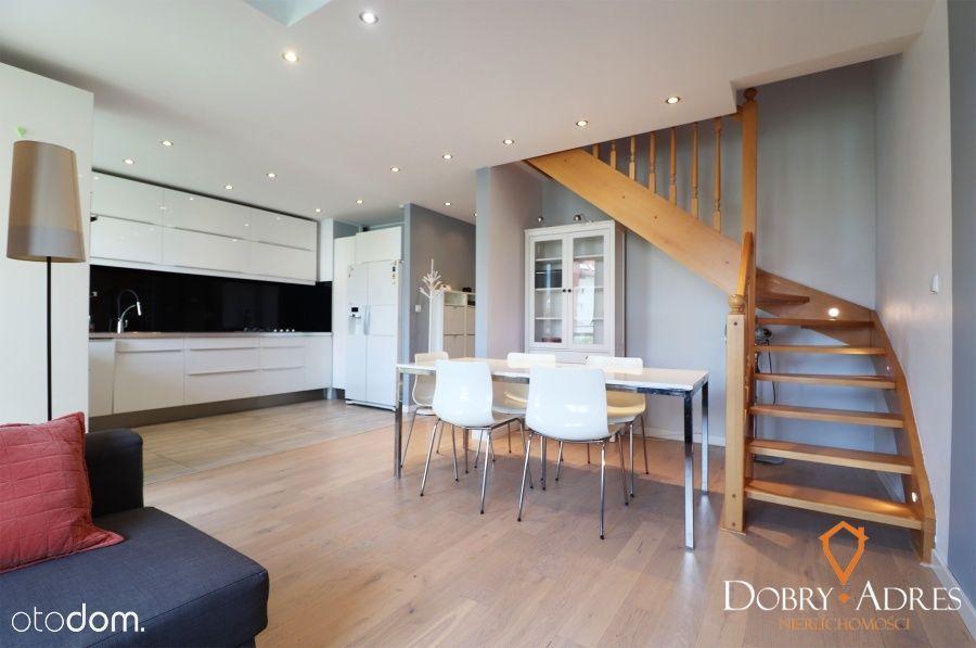 Dwupoziomowe Mieszkanie, Balkon, Projektant,