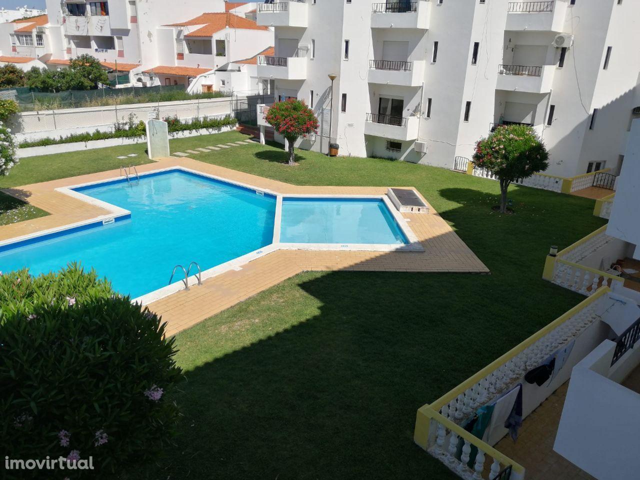T2 condominio com piscina em Santa Eulalia Albufeira
