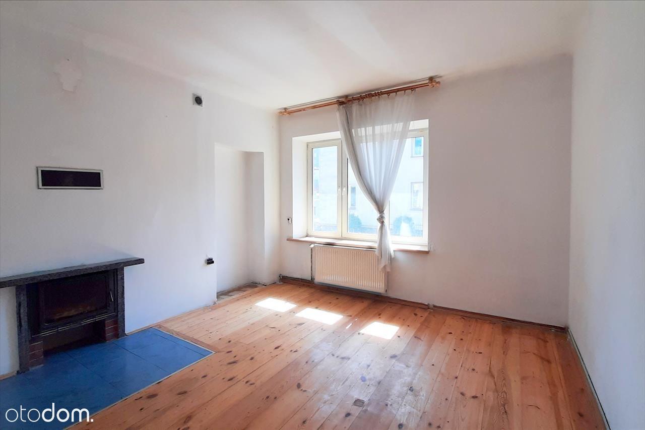 Mieszkanie z potencjałem na Wieniawie.