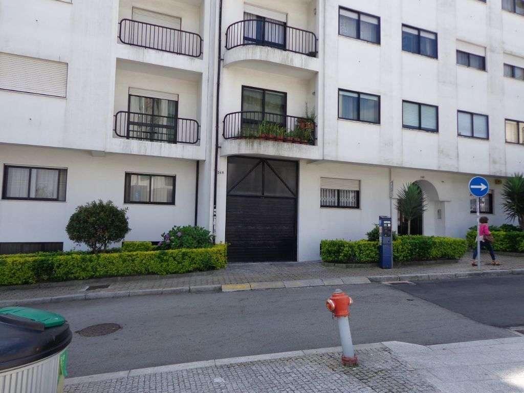 Garagem para arrendar, Mafamude e Vilar do Paraíso, Porto - Foto 1
