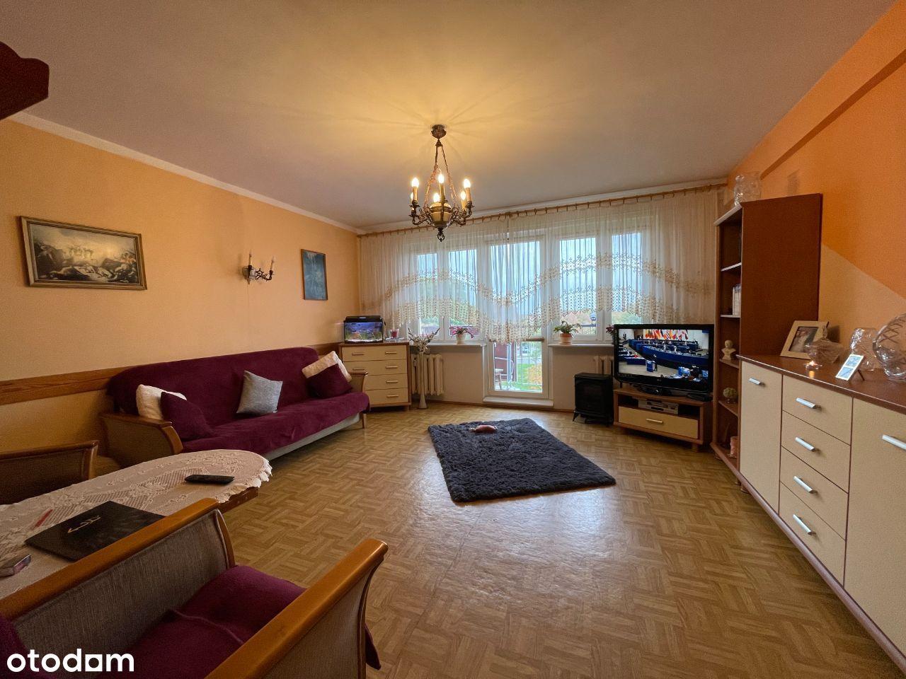 Na sprzedaż 3 pokoje rozkładowe z balkonem