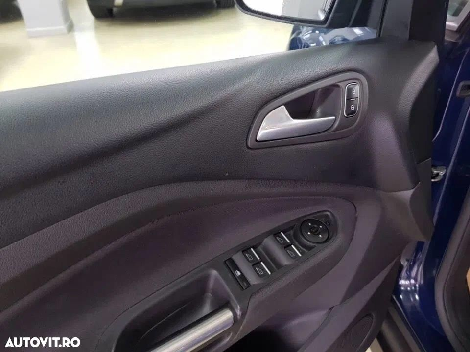 Ford C-MAX - 22
