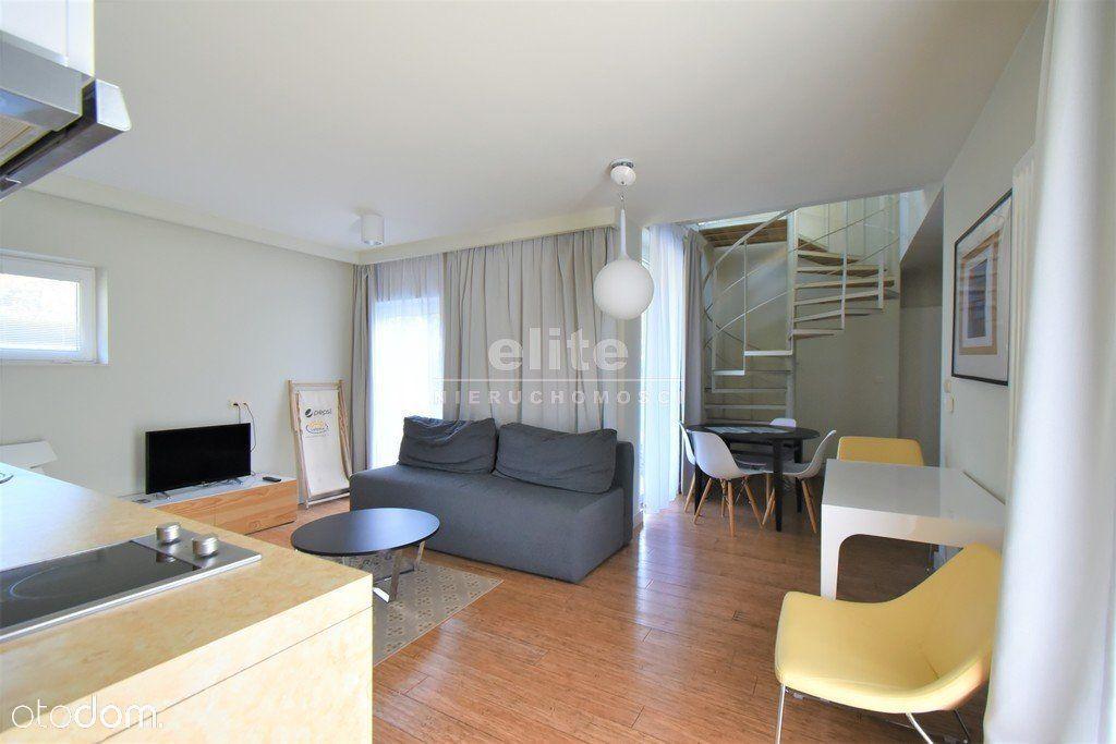 Apartament 81,55m2+66m taras m. postojowe