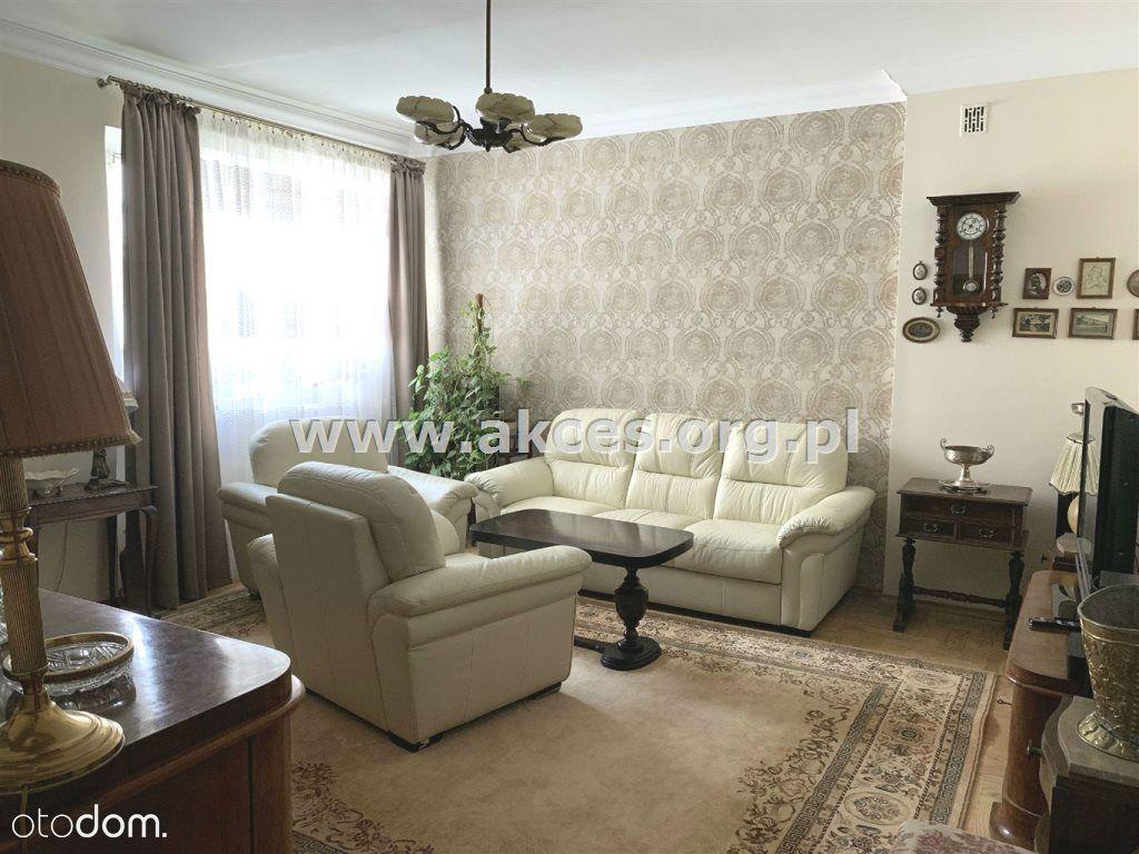 Przedwojenna kamienica - mieszkanie 4 pokojowe!!!