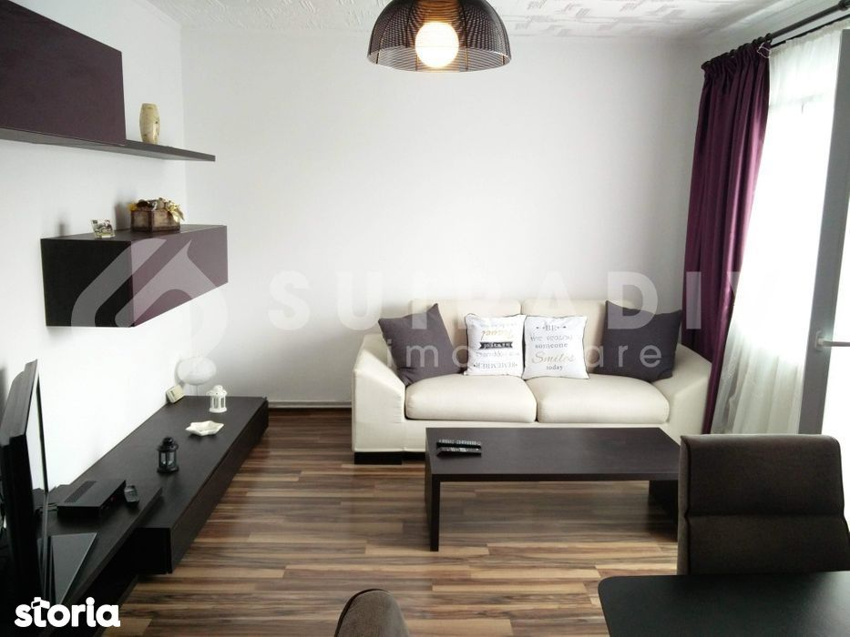 3 camere decomandate+ balcon- Intre Lacuri