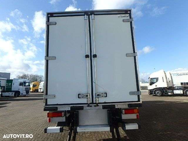 Renault PREMIUM 220 + MANUAL + LIFT - 7