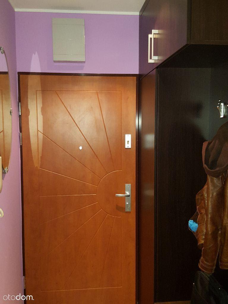 Wynajmę komfortowe mieszkanie w Radwanicach.