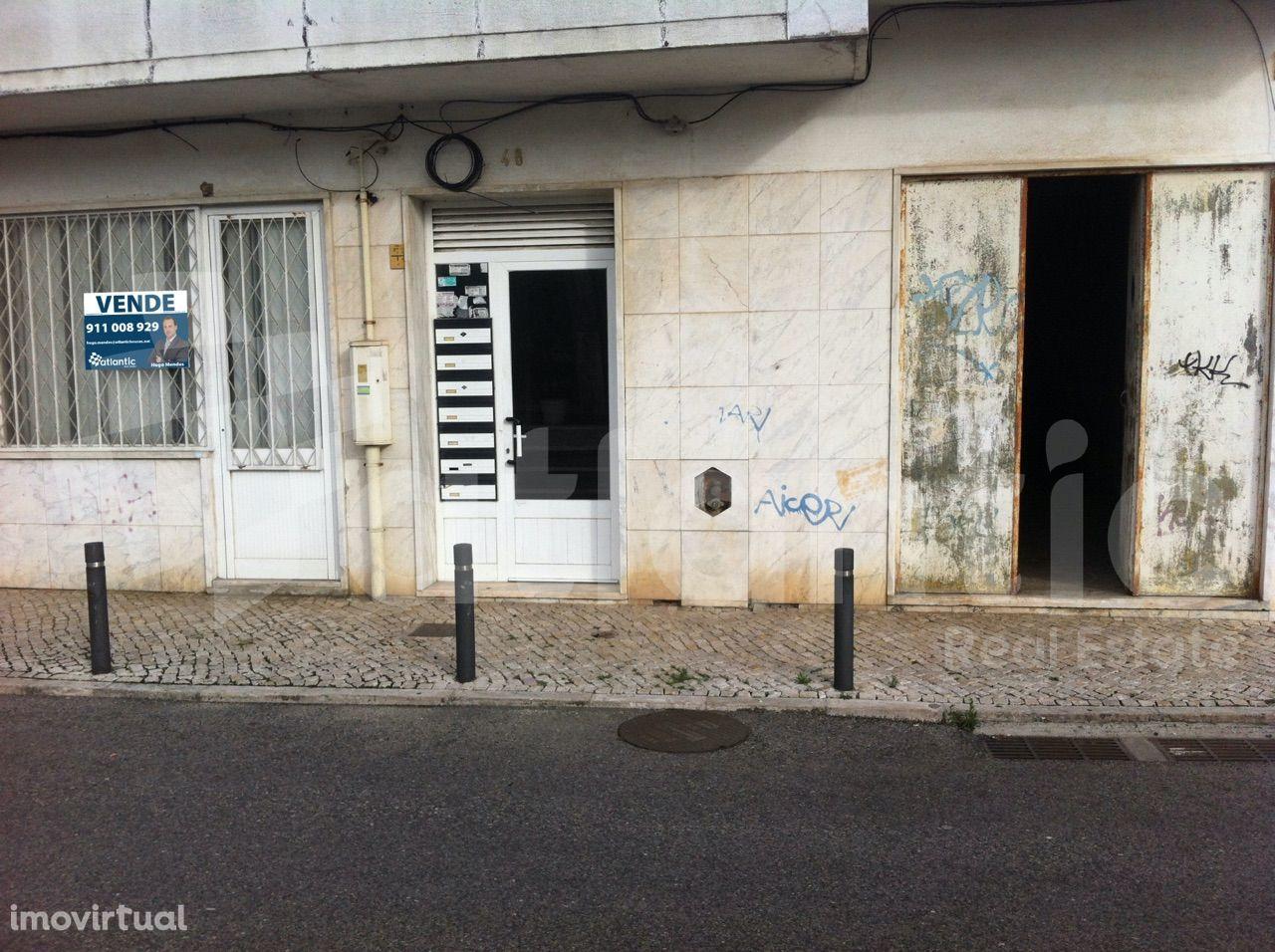 Armazém Venda em Queluz e Belas,Sintra