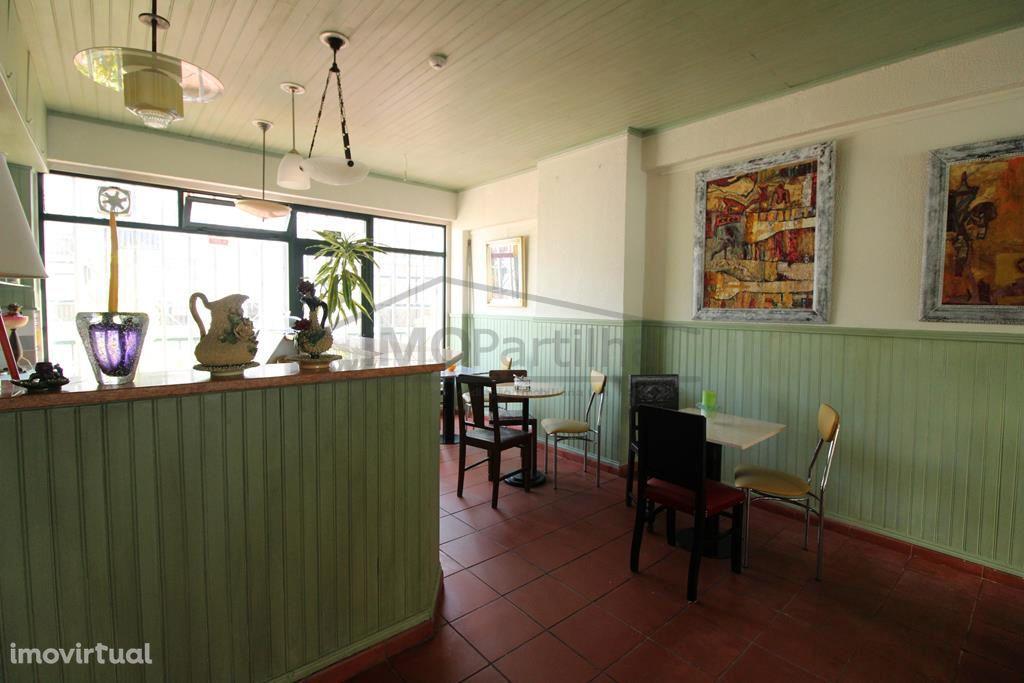 Fantástico Café/Sala de chá em Sintra - arrendamento por 350.00€