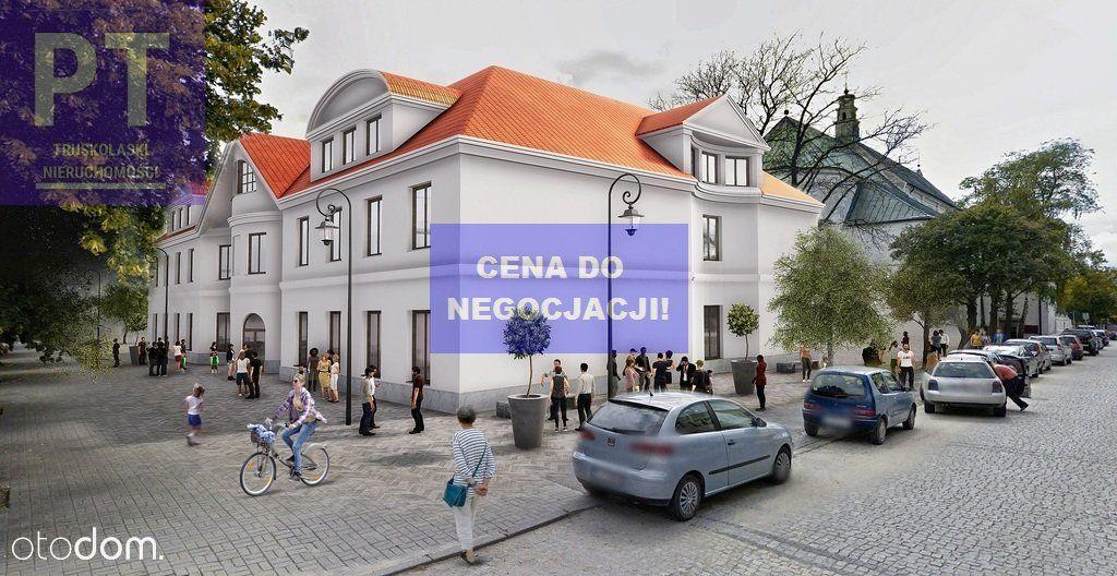 Centrum Handlowe - Starówka - Łęczyca - Pilne