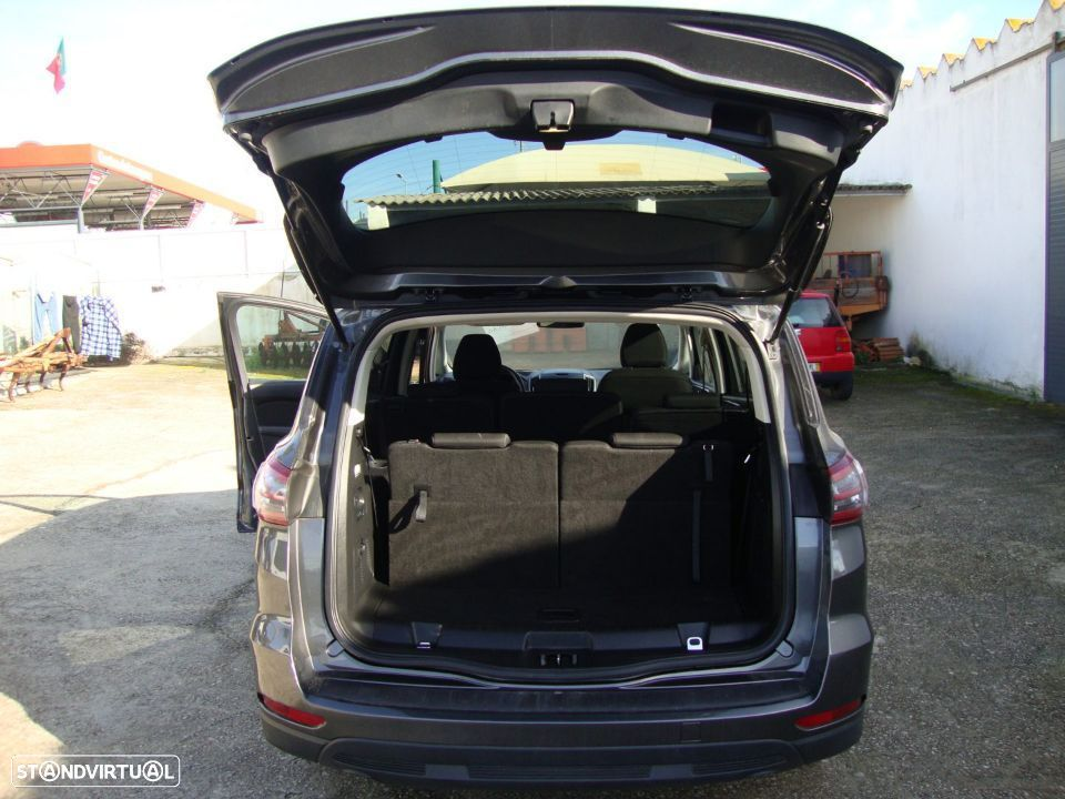Ford S-Max 2.0 TDCi Trend - 35