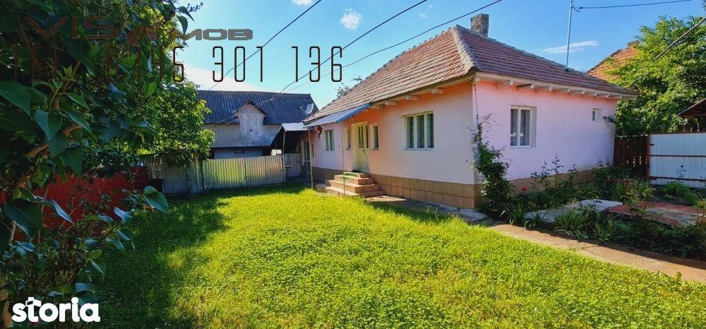 Casa de vânzare la cca 10 km de Onesti