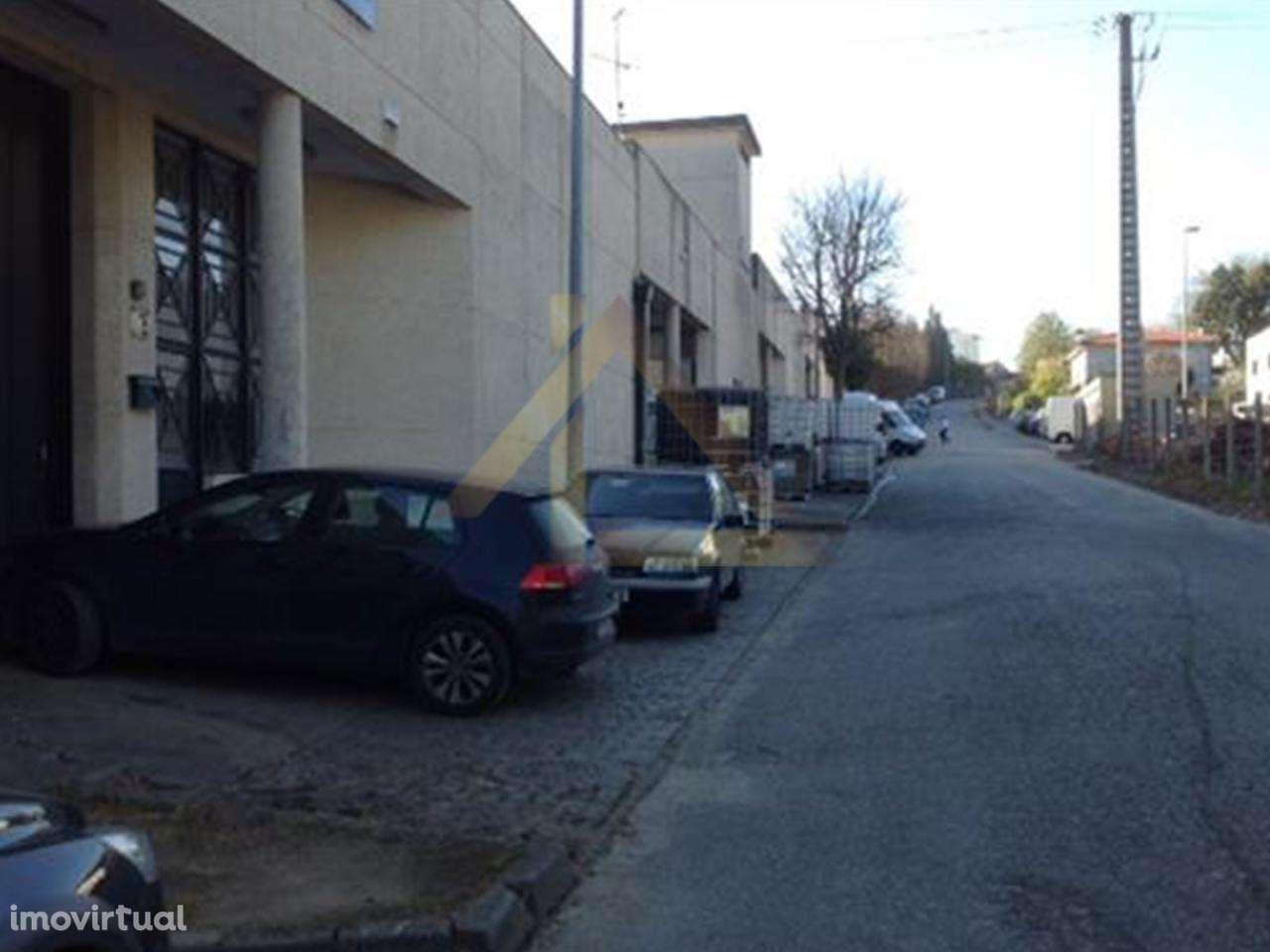 Armazém para comprar, Antas e Abade de Vermoim, Braga - Foto 1