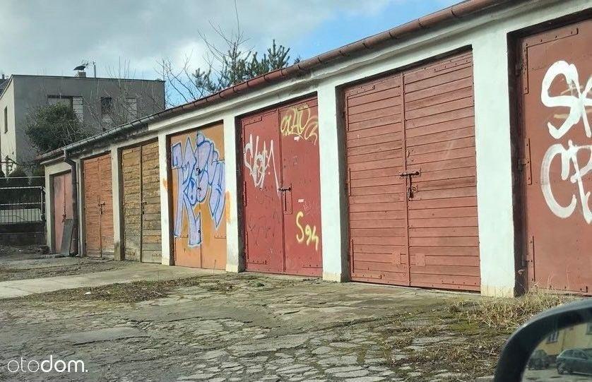 Garaże murowane na Czarnowie
