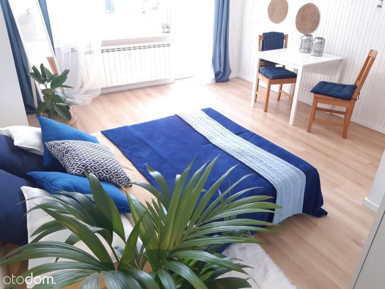 Śródmieście, duży piekny pokój z balkonem