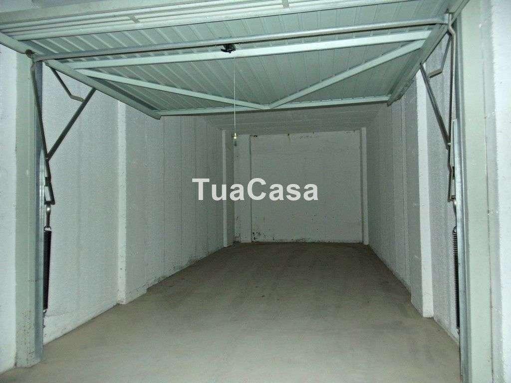 Garagem para comprar, Olhão - Foto 2