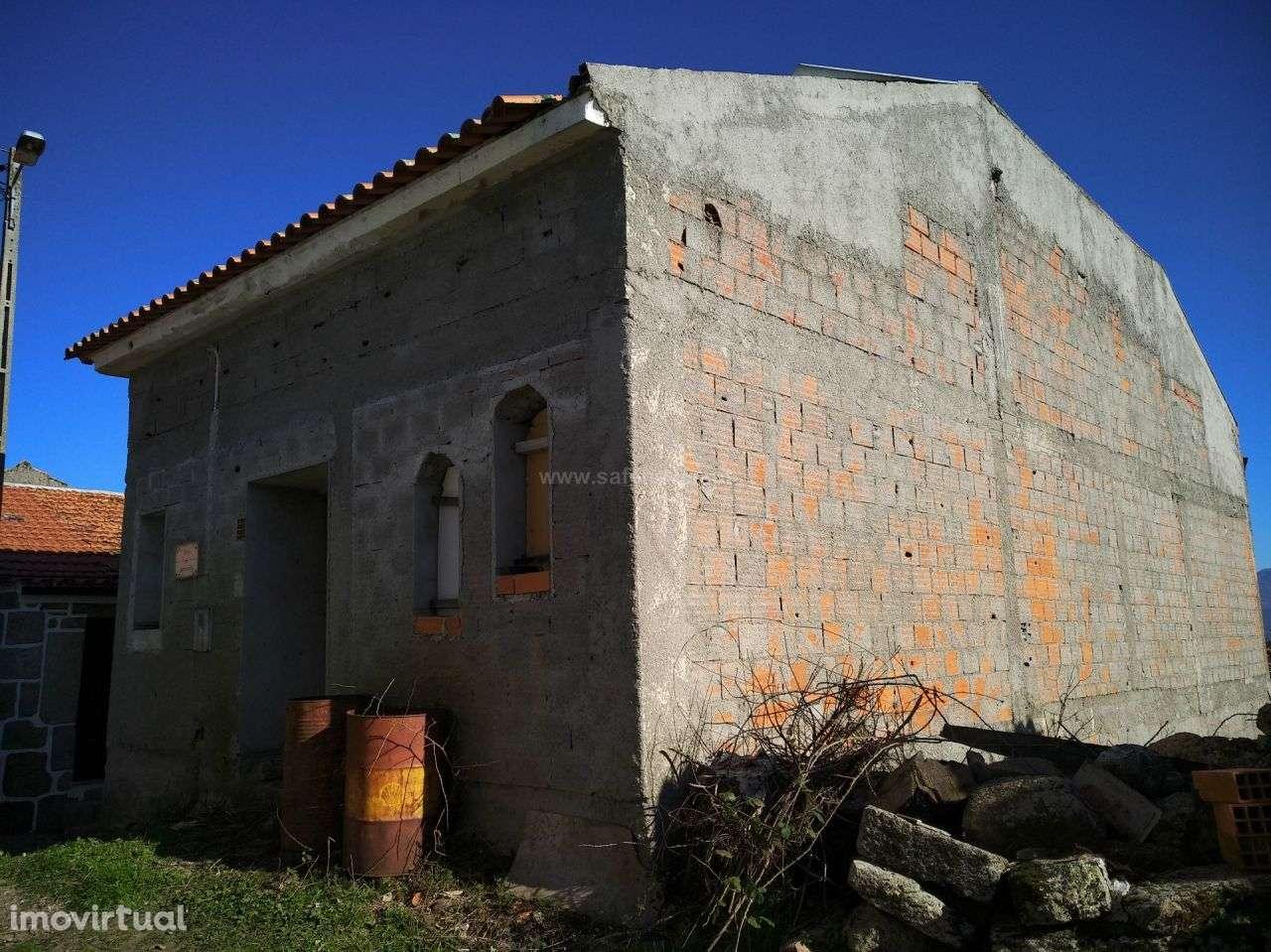 Moradia para comprar, Santiago de Cassurrães e Póvoa de Cervães, Mangualde, Viseu - Foto 2