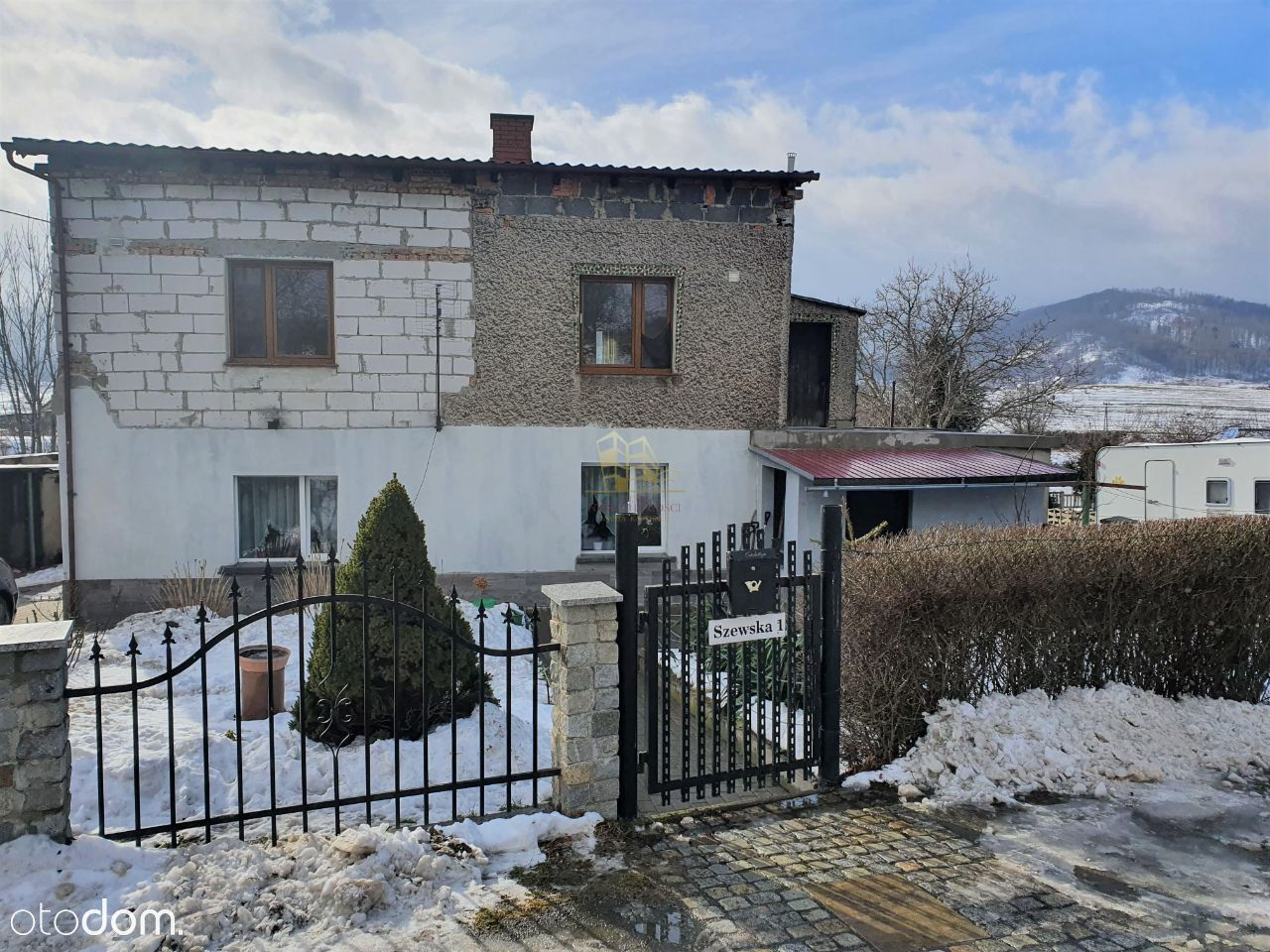 OKAZJA! Połowa domu w Bielawie 105 m2/950m2