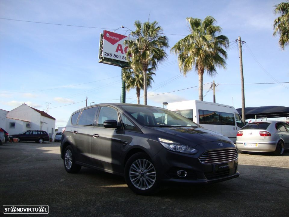 Ford S-Max 2.0 TDCi Trend - 4