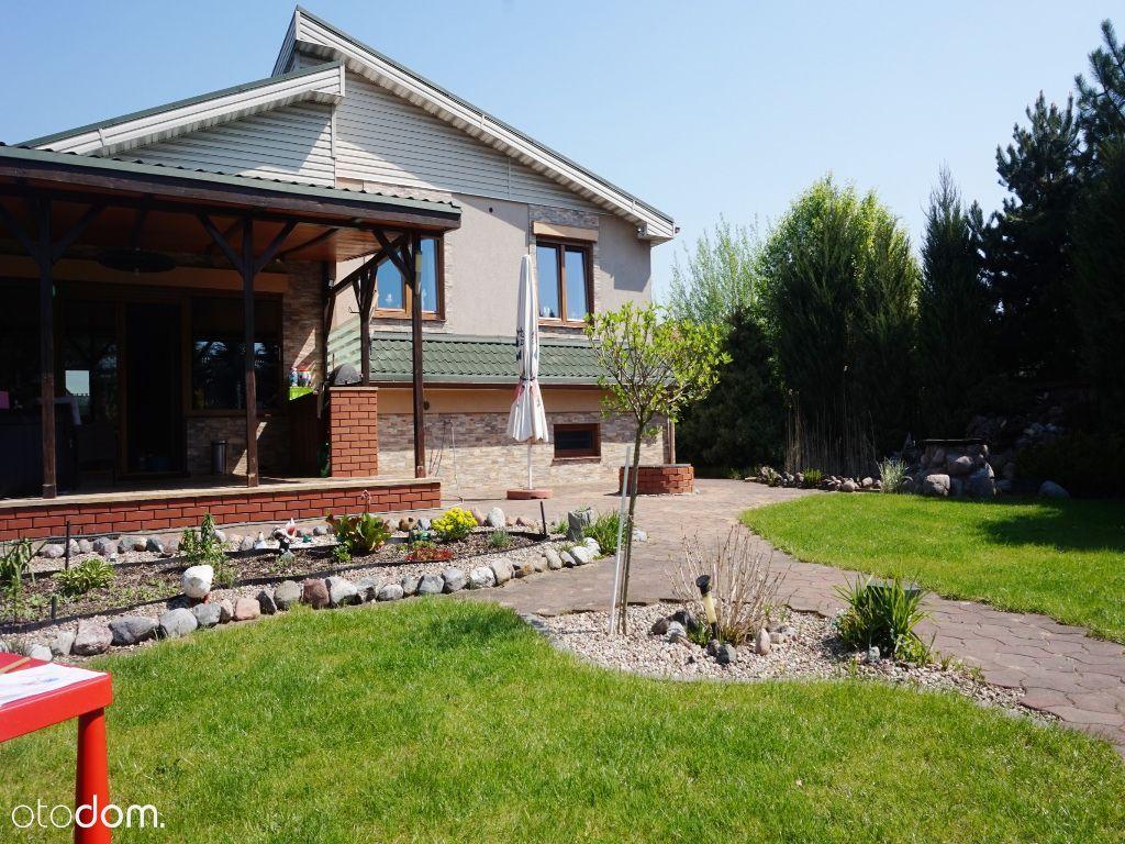Klimatyczny dom z ogrodem! Duży taras!