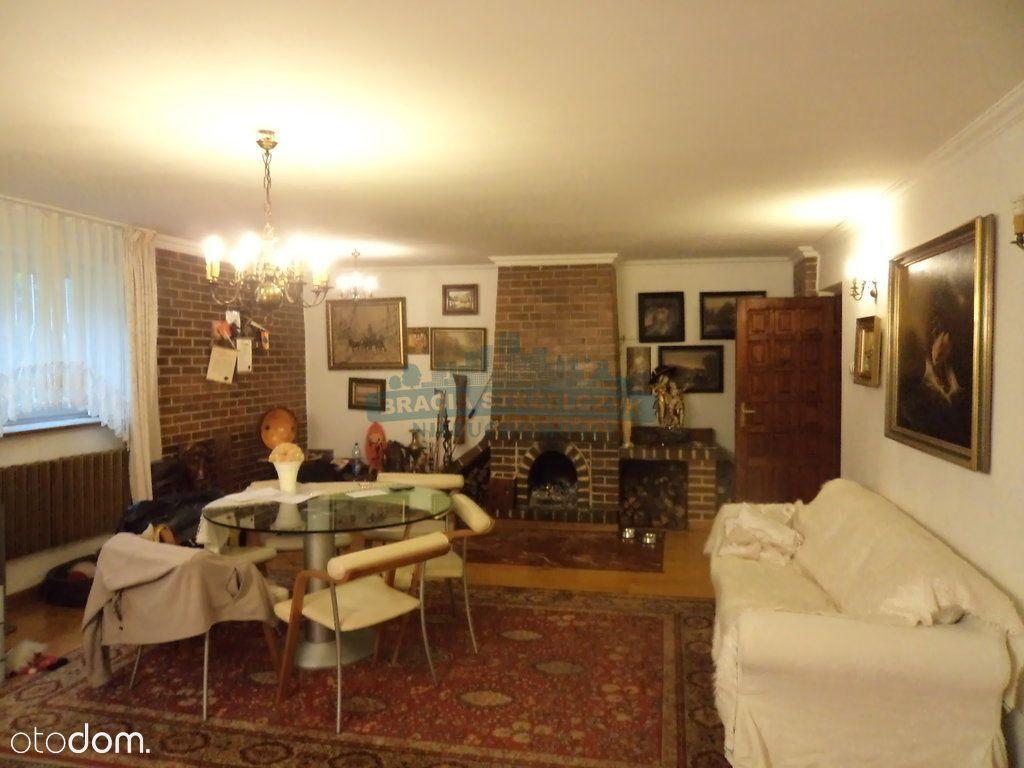 dom na leśnej działce w Starej Miłosnej