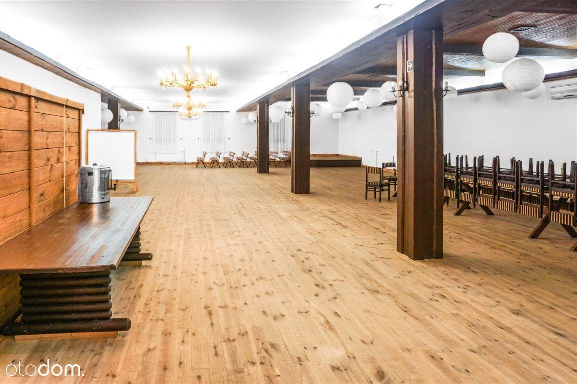 Lokal użytkowy, 500 m², Dys
