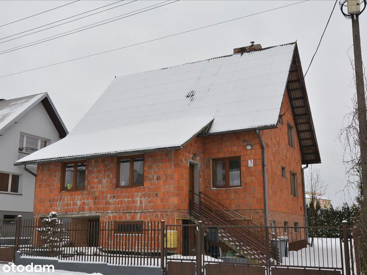 Piętrowy, podpiwniczony dom ze świetnym rozkładem.
