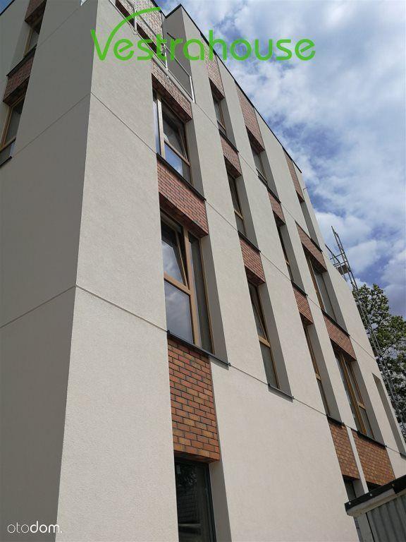 Lokale Usługowe Centrum Wawra, Różne Powierzchnie