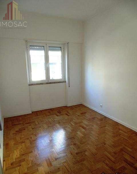 Apartamento para arrendar, Póvoa de Santo Adrião e Olival Basto, Lisboa - Foto 4