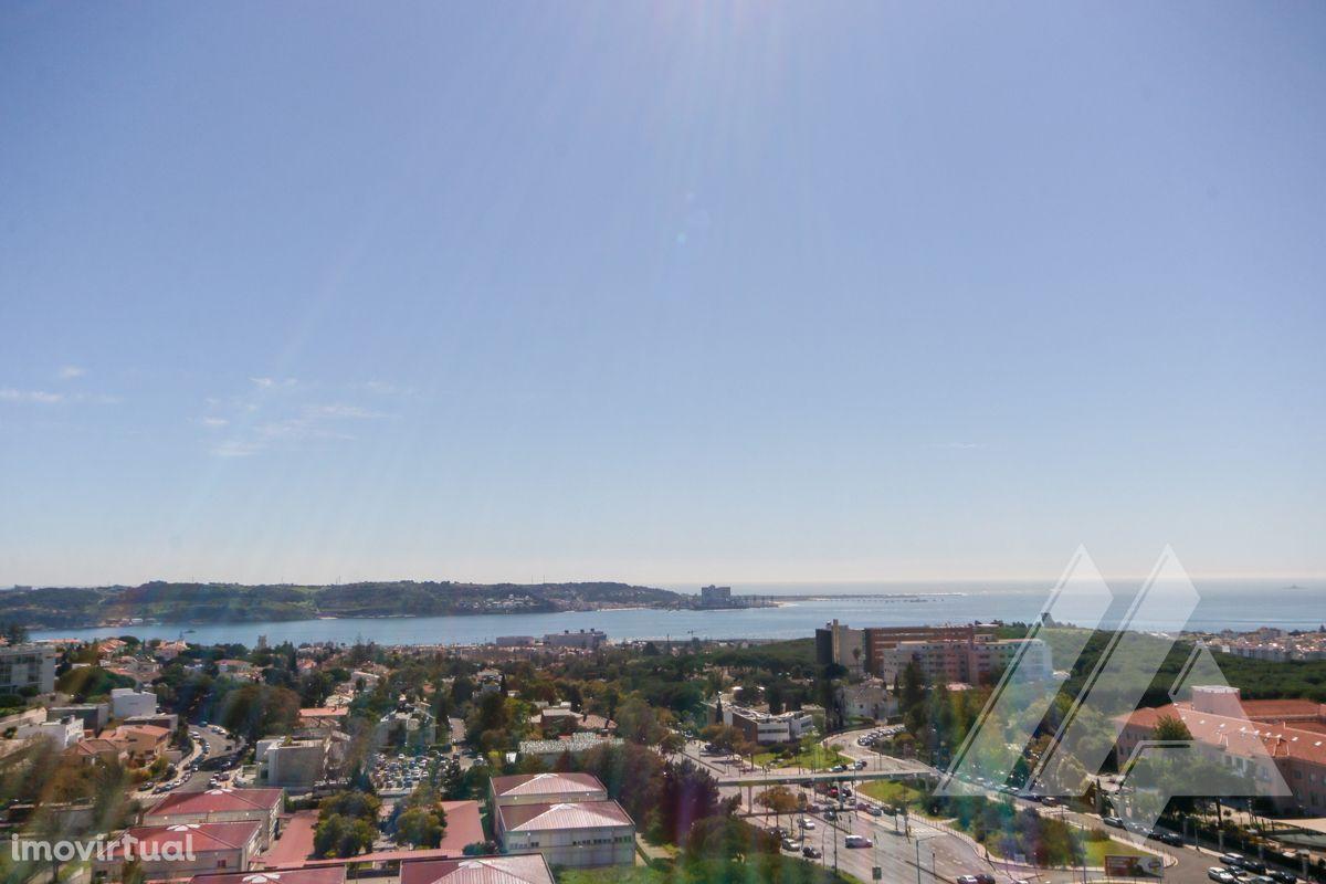 Fantástico apartamento T4 arrenda-se, nas Torres do Restelo