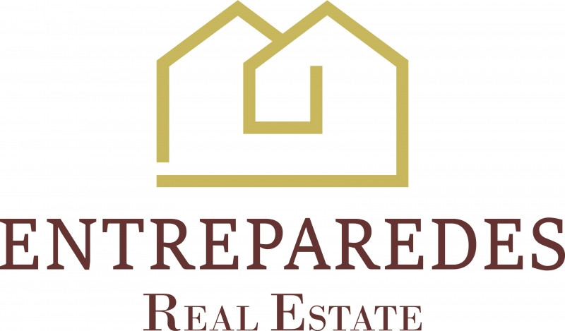 Entreparedes Real Estate