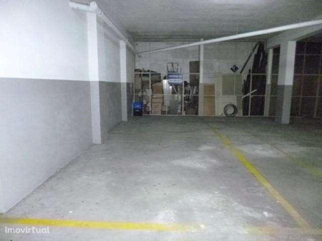 Garagem para comprar, Castêlo da Maia, Maia, Porto - Foto 2