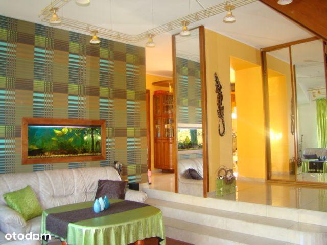 Luksusowe, dwupoziomowe mieszkanie nad jeziorem