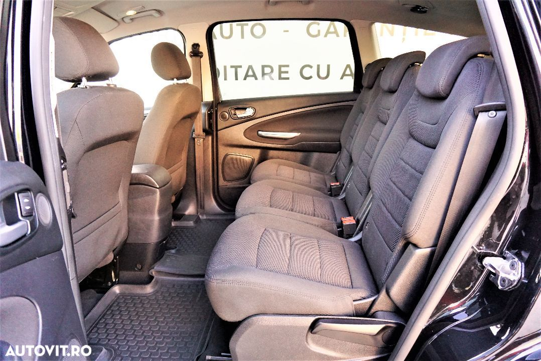 Ford S-Max 2.0 - 6