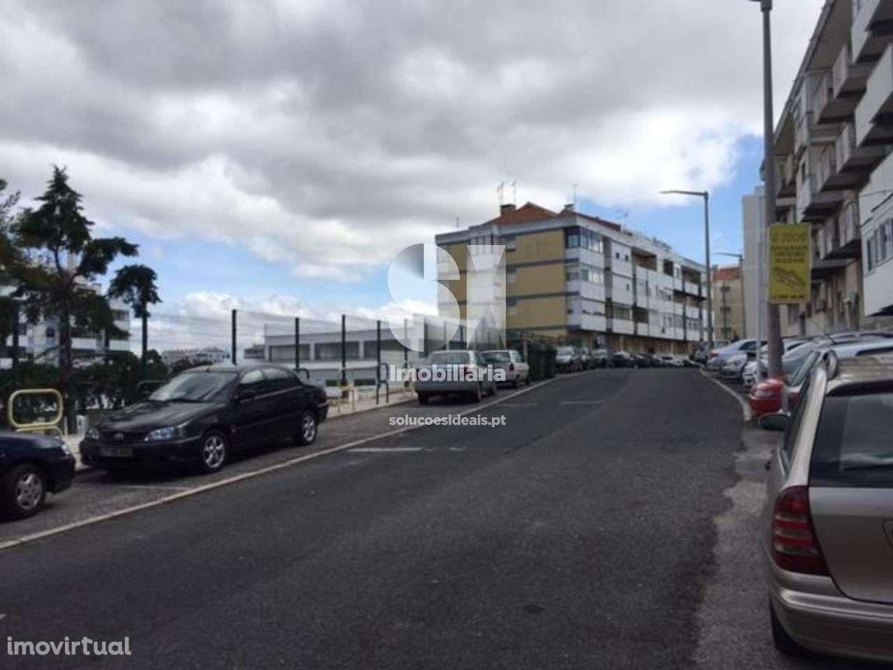 Apartamento para comprar, Póvoa de Santo Adrião e Olival Basto, Odivelas, Lisboa - Foto 11